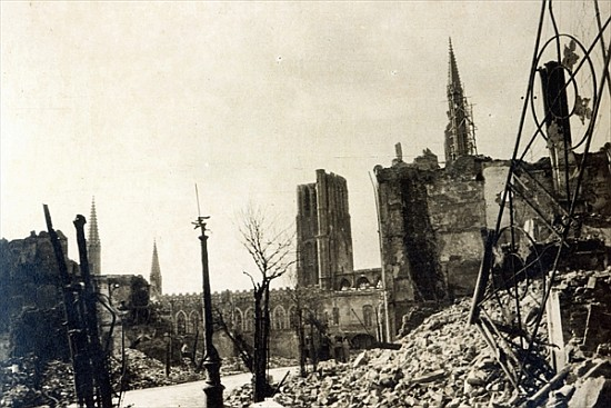 Ypres from rue de ville june 1915 english photographer for Piscine ypres photo