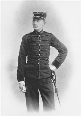 Ernest Duchesne as a Second class Major of Medicine in the Second Regiment de Hussards of Senlis, 18