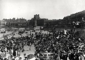Singers on the beach at Margate, c.1900 (b/w photo)