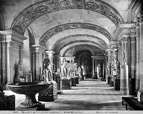 View of the Caryatids'' room in the Louvre Museum, c.1900-04