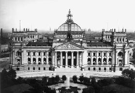 Berlin, Reichstag building/Photo L�vy