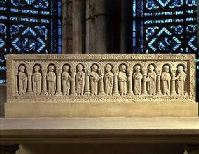 Apostles under Arcadescarved relief