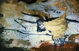 Rock painting of a bull with long hornsthe Hall of Bulls