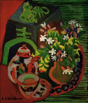 Still-life with porcelain