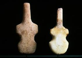 Two Violin-shaped Idols