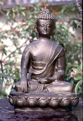 Statue of Buddha (metal)