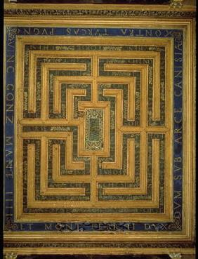 Maze design, from the ceiling of the Sala del Labirinto (photo)
