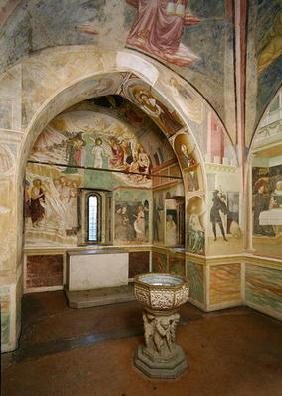 rnterior of the Baptistery with fresco depicting scenes from the Life of Saint John, by Tommaso Maso