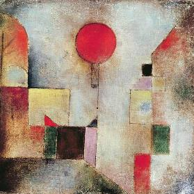 Red Balloon, 1922 (no 179) (oil on gauze on board)