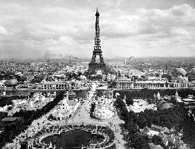 World fair in Paris in 1900 : Champs de Mars with Eiffel Tower