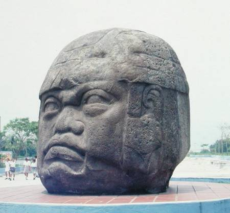 the colossal head essay View notes - chapter 19 the americas test question from huma 106 at iupui essay 11 contrast coatlicue compare and contrast the olmec colossal head and the mississippian serpent mound how does each represent its respective area.