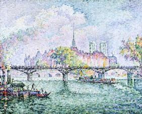 Paris, look to the Ile de of La Cité.