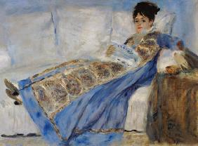 Madam Monet on the sofa